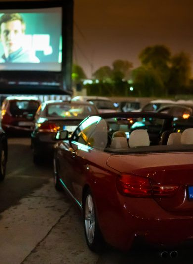 kino samochodowe, kino letnie, ekran kino samochodowe, ekran pneumatyczny, trasa kina letniego