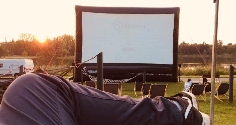 pokaz plenerowy, ekran pneumatyczny, kino letnie